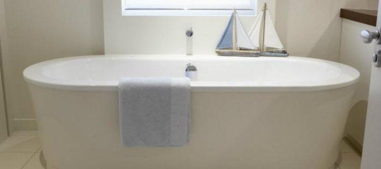 bath-tub